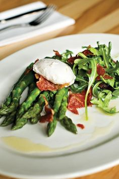 Asparagus, Crispy Prosciutto or pancetta and Poached Egg ---maybe without the egg!
