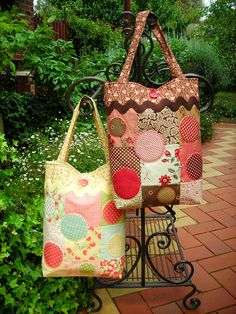 """""""Freckles"""" by Sally Giblin of The Rivendale Collection. Finished bag size: 13"""" x 23"""" www.therivendalecollection.com.au"""