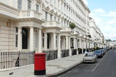 Eaton Place, Underground Living, London Townhouse, London Property, Royal Residence, English Countryside, Beautiful Architecture, Coups, House Prices