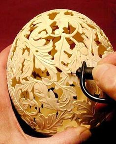Intricate egg gourd. Holy crap...don't think my Dremmel can do this!