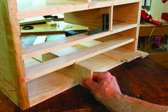 Cabinetmaker's Tool Chest | Popular Woodworking Magazine Dremel Projects, Metal Projects, Easy Woodworking Projects, Popular Woodworking, Woodworking Tool Cabinet, Build A Wall, Tool Store, Birch Ply, Woodworking Magazine