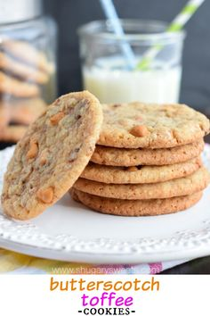 Butterscotch Toffee Cookies - perfect chewy cookies!