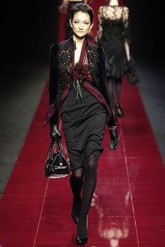 Elie Saab Fall 2006 Ready-to-Wear Fashion Show - Ai Tominaga
