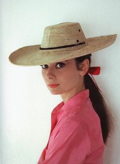 that hat Audrey Hepburn