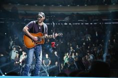 Pretty huge news announced for @ericchurch today! Will you be there? http://tasteofcountry.com/kenny-chesney-big-revival-tour-dates-eric-church/…