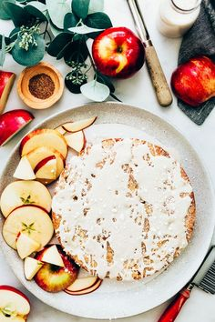 Easy Vegan Apple Cake Healthy Cake Recipes, Vegan Desserts, Whole Food Recipes, Vegan Recipes, Dessert Recipes, Vegan Apple Cake, Vegan Cake, Blissful Basil, Apple Coffee Cakes