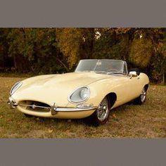 1967 Jaguar XKE Series 1 Roadster Chassis no. British Sports Cars, Vintage Sports Cars, Vintage Cars, Vintage Stuff, Jaguar Type, Jaguar Xk, Jaguar Cars, My Dream Car, Dream Cars