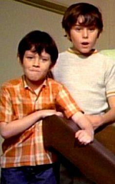 The Brady Bunch - Peter & Bobby