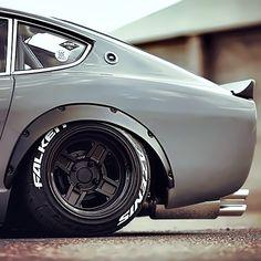 Nissan Fairlady Z Datsun 240z, Japanese Sports Cars, Japanese Cars, Triumph Motorcycles, Retro Cars, Vintage Cars, Porsche, Audi, Ducati