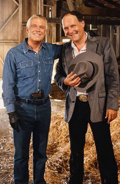 With George Peppard in The A Team George Peppard, Audrey Hepburn, John Vernon, Heroes For Hire, Baby Memories, Old Tv Shows, The A Team, Hollywood Actor, Classic Tv
