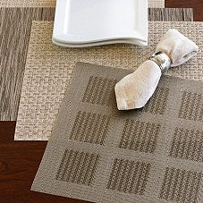 chilewich placemats and linens are so beautiful that i donu0027t want to cover them