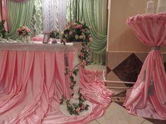 Оформление свадьбы в салатово розовых тонах на 52 персоны.