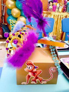 Pinatas Couture's Birthday / Jasmine & Aladdin - Photo Gallery at Catch My Party Aladdin Birthday Party, Aladdin Party, Birthday Candy, 8th Birthday, Birthday Parties, Birthday Ideas, Disney Princess Party, Princess Jasmine, Birthday Party Decorations