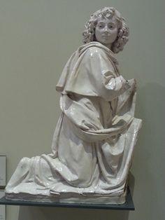 Andrea della Robbia - Angelo su altare - ceramica V&A museum, London