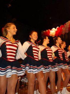 Die Rheinmatrosen - Eine Tanzgruppe im Kölner Karneval in Bildern
