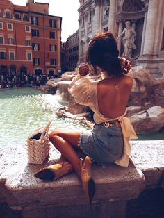 {rome} Roman Holiday discovered by Juliet ♚ on We Heart It Instagram Outfits, Instagram Mode, Foto Fashion, Fashion Beauty, Girl Fashion, Mens Fashion, London Fashion Bloggers, Fashion Trends, Italy Outfits