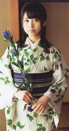 長濱ねる Japanese Yukata, Japanese Costume, Japanese Outfits, Japanese Beauty, Asian Beauty, Hot Japanese Girls, Yukata Kimono, Kimono Design, Married Woman