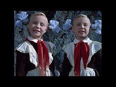Království křivých zrcadel - YouTube Socialism, Ronald Mcdonald, Fantasy, Youtube, Painting, Fictional Characters, Sweet, Women, Fashion