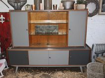 Alter Buffetschrank 50er Jahre In Der Farbe Funky Taupe