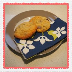Utterly Organised: Anything Goes Thermomix Cookie Recipe - Chocolate Chips, Nuts, Seeds, Coconut and Fruit - You Name it! Chocolate Chips, Chocolate Chip Cookies, Biscuit Cookies, Main Meals, Cookie Recipes, Biscuits, Seeds, Coconut, Snacks