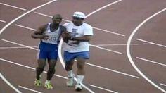 1992 DEREK REDMOND AND THE OLYMPIC SPIRIT (DAD HELPS HIM ACROSS THE FINISH LINE))
