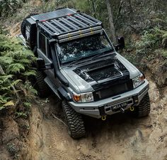 In 2016 Patriot Campers took the world by storm with the release of their Supertourer dubbed the Black Truck, a highly-customizable, imminently-capable off-road machine based on the new GXL Toyota Landcruiser dual cab. Toyota 4x4, Toyota Trucks, Toyota Hilux, Landcruiser Ute, Landcruiser 79 Series, Fj Cruiser, Toyota Land Cruiser, Off Road Moto, Black Truck