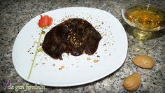 Rețetă de Lava cake cu Amaretto şi migdale