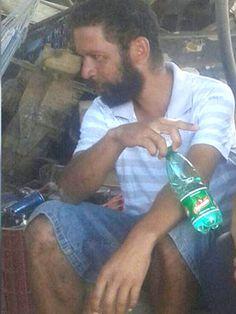 #News  Morador de rua natural de Malacacheta morre em Goiás e enteada pede ajuda para encontrar a família dele