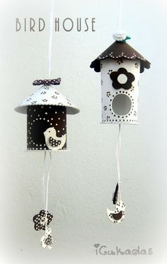 Bird house out of toilet paper roll. Kids Crafts, Tin Can Crafts, Diy And Crafts, Arts And Crafts, Toilet Roll Craft, Toilet Paper Roll Crafts, Diy Paper, Decorative Bird Houses, Spring Crafts