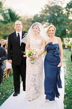 So, what are the roles of the mothers in your lives at your wedding? Here's a guide!
