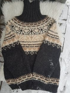 Norwegian Knitting Designs, Nordic Sweater, Crochet Top, Knitwear, Knitting Patterns, Autumn Fashion, Cold Weather, Norway, Trending Outfits