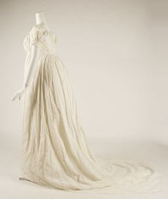 Dress  Date: 1810 Culture: American Medium: cotton  }}}