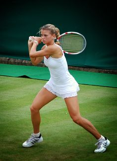 Camila Giorgi (born: December Macerata, Italy) is an Italian professional tennis player of Argentinian background. Giorgi won her first WTA Tour title at the 2015 Topshelf Open, and has also won five singles titles on the ITF tour in her career. Camila Giorgi, Mode Tennis, Sport Tennis, Tennis World, Real Tennis, Indian Wells, Foto Sport, Tennis Players Female, Tennis Fashion