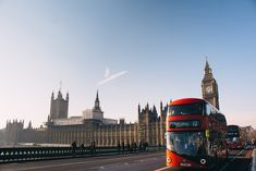 Espressioni in inglese da sapere: modi di dire, idiomi e proverbi - A mum in London. London with kids and family travel tips Cheap Places To Travel, Places To Visit, Moving To The Uk, London Tours, Cities In Europe, Most Beautiful Cities, Months In A Year, Weekend Getaways, The Good Place