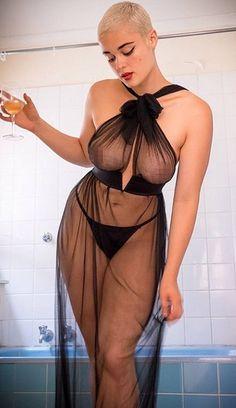 Modelos de «talla grande» más delgadas que la mujer media!!!