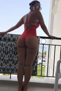 Michelle Trachtenberg, Sexy Bikini, Bikinis, Swimwear, Curvy, Beautiful Women, Egyptian Hieroglyphs, Character Reference, Motorcycle Girls