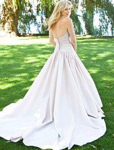 Lea-Ann Belter Sasha Wedding Dress on Sale - Your Dream Dress
