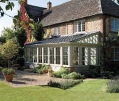 Orangerie / lean-to garden conservatory / sunroom. I'd love to build one atop my patio in the backyard. Garden Room Extensions, House Extensions, Lean To Conservatory, Conservatory Design, Enclosed Porches, Screened Porches, Room Additions, Glass House, Cabana