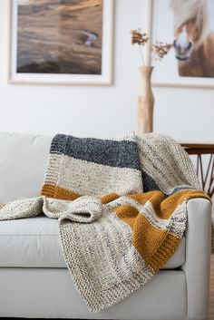 https://www.ravelry.com/patterns/library/simple-striped-afghan
