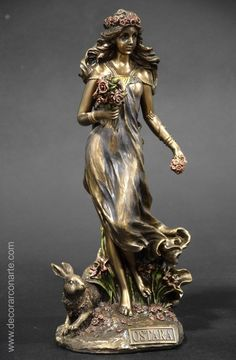 Ostara, Goddess of spring. Art Deco Fashion, Vintage Fashion, Moda Art Deco, Sculpture Art, Sculptures, Celtic Druids, Alphonse Mucha Art, Gothic Angel, Greek Statues