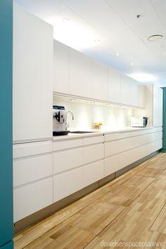 Kitchenette - T. Rowe Price's office interior design in Hellerup, Denmark - by Danielsen Spaceplanning