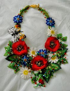 Beautiful jewelry with flowers Click on link to see more photos - http://beadsmagic.com/?p=6147