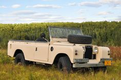 Land Rover Series II.