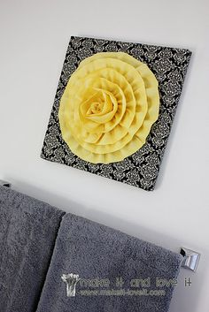 Decorate My Home, Part 18 – Flower Wall Hanging Diy And Crafts, Arts And Crafts, Hanging Flower Wall, 3d Wall Art, Fabric Flowers, Wall Flowers, Craft Gifts, Diy Art, Diy Home Decor