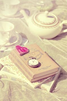 Shabby-Chic Picnic shoot by Peggy Picot