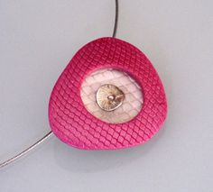 Hot pink fuchsia pearl and silver textured triangle polymer clay pendant by OrlyFuchsGalchen