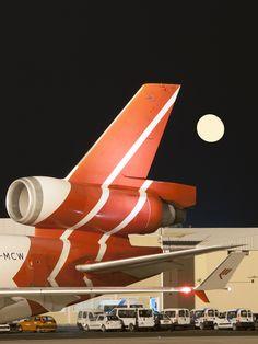 McDonnell Douglas MD11F Carguero holandes de la compañia MARTINAIR CARGO, visita varias veces a la semana Tenerife Sur en sus ruta desde  Holanda - Brasil y regreso