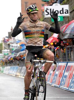 Cadel Evans - World Champion 2009. Shown here winning a hard fought stage on the Giro 2010 over the Tuscan white gravel.