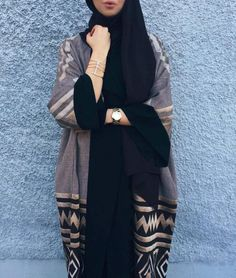 Modest Fashion Hijab, Niqab Fashion, Modesty Fashion, Blazer Fashion, Fashion Outfits, Sporty Fashion, Ski Fashion, Winter Fashion, Mode Kimono