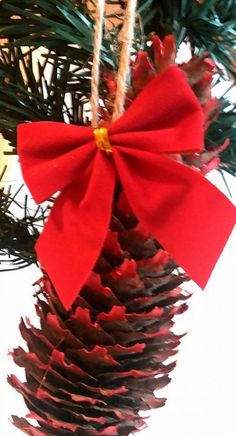 Christmas Wreaths, Gift Wrapping, Ornaments, Holiday Decor, Gifts, Home Decor, Christmas Swags, Paper Wrapping, Presents